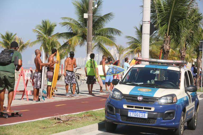 Turistas vão para a Baixada Santista no megaferiado