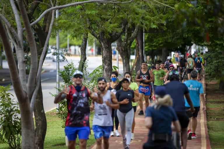 Circulação de pessoas em São Paulo é intensa no megaferiado