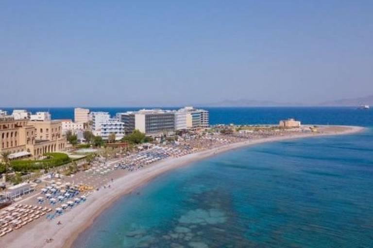 Coronavírus: 25 mil pessoas se inscrevem em teste de segurança 'all inclusive' para turismo em ilha grega