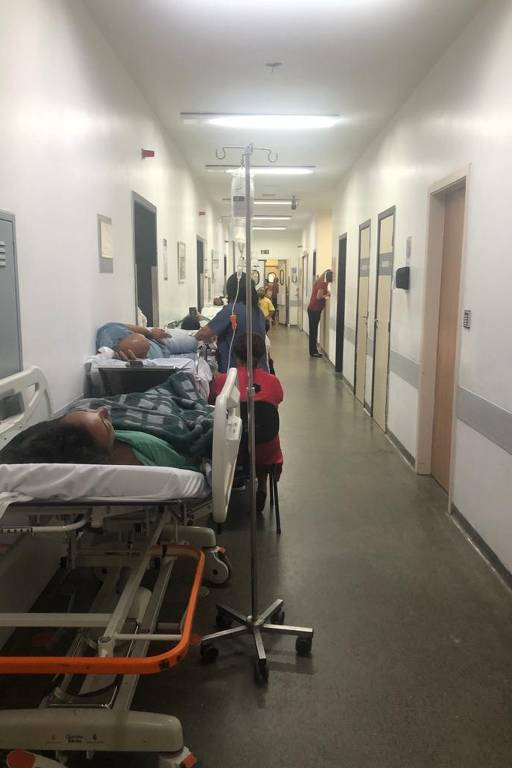 Pela redução da lotação em hospitais