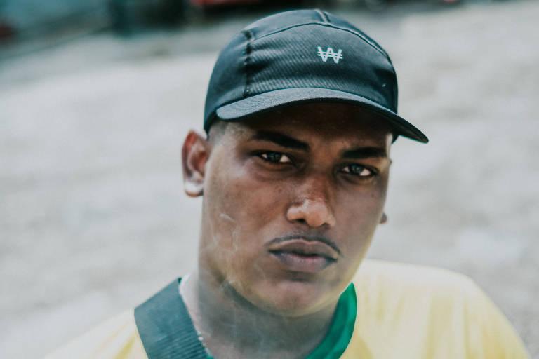 Entenda o drill, estilo de rap sombrio com graves que 'deslizam', marca do MC Leall