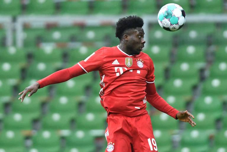 Davies quer contar ao mundo sua trajetória de refugiado a astro do Bayern