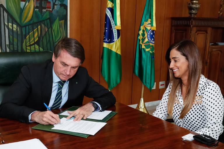 Deputada Flávia Arruda, do centrão, é a nova titular da Secretaria de Governo da Presidência