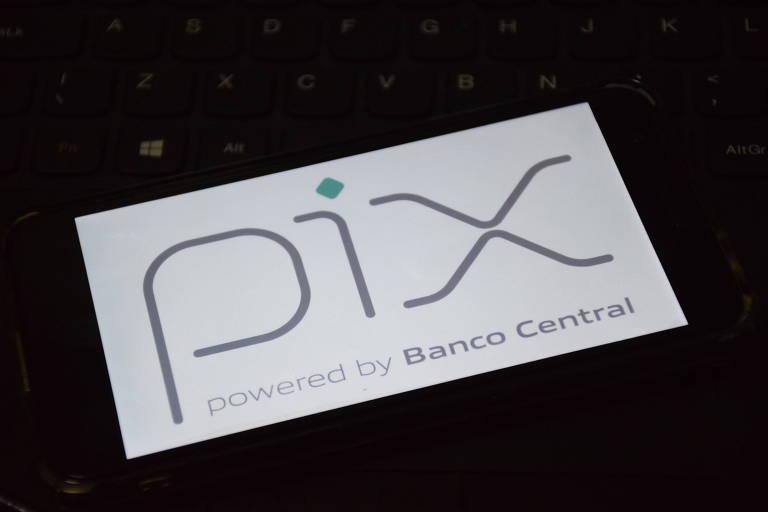 Banco Central autoriza Pix para quem recebe auxílio emergencial