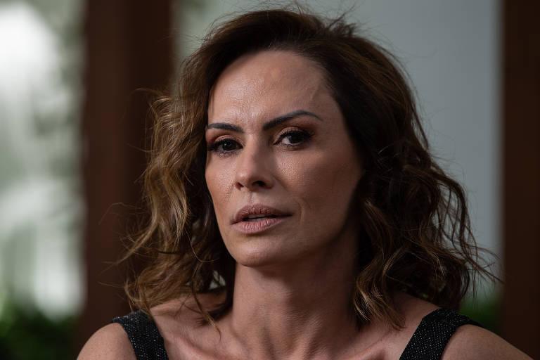 Imagens da atriz Núbia Óliiver