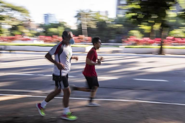 Devemos usar máscara durante o exercício?