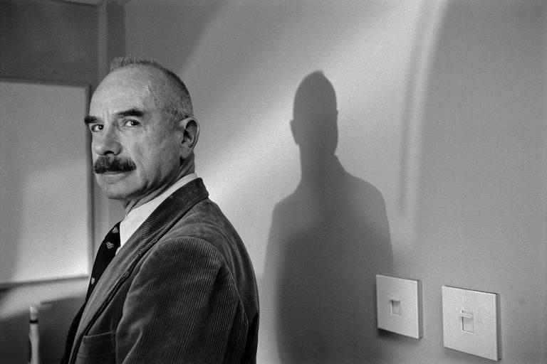 G. Gordon Liddy, advogado e agente do FBI que tramou o assalto que levou ao escândalo de Watergate