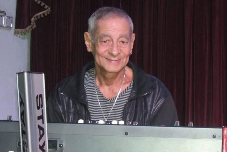 Parceiro de Roberto Carlos, tecladista Lafayette Coelho morre aos 78 anos