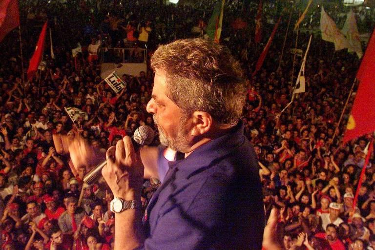 Luiz Inácio Lula da Silva na campanha eleitoral de 2002