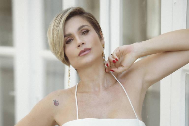 A atriz Flávia Alessandra