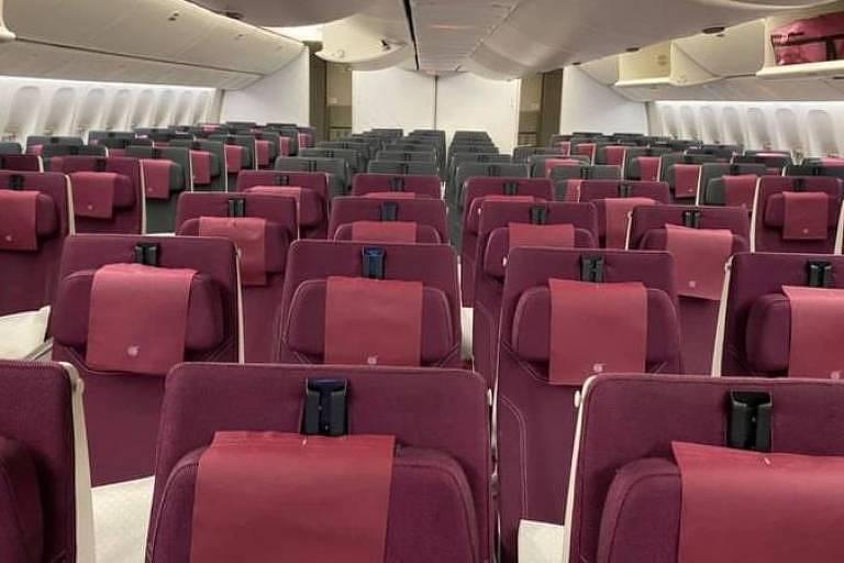 Passageiros relatam que os voos comerciais para a Austrália estão praticamente vazios