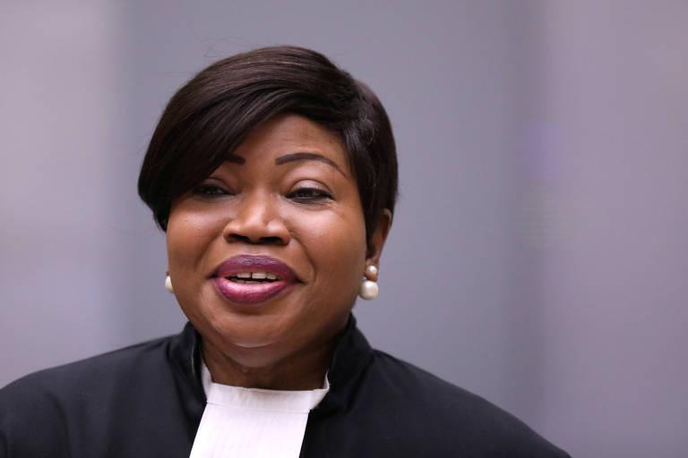A procuradora Fatou Bensouda durante julgamento na corte de Haia