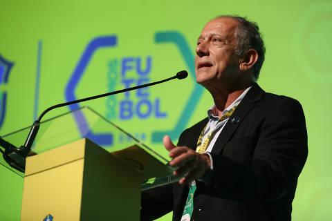 RIO DE JANEIRO, RJ,  22-04-2019  -   CBF SOMOS FUTEBOL 2019 -  Walter Feldman discursa durante o evento Somos Futebol, 3ª Semana de Evolução do Futebol Brasileiro, realizado no auditório da CBF, nesta segunda-feira (22). Foto:  Lucas Figueiredo/CBF