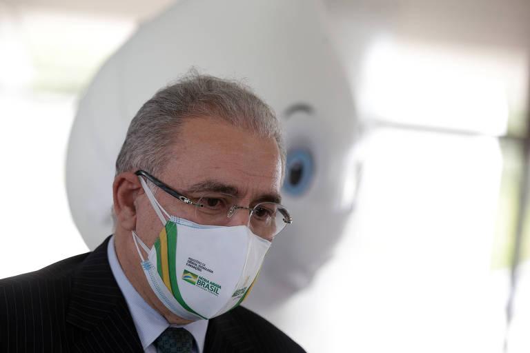 'Lei é lei', diz ministro da Saúde sobre compra de vacinas por empresas