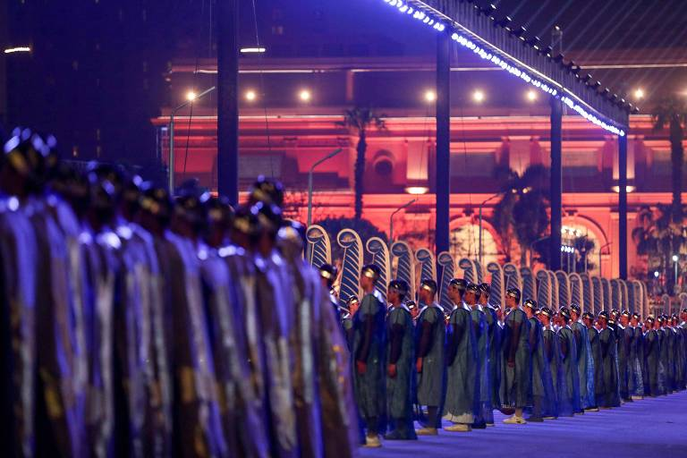 Vinte e duas múmias são protagonistas de mega desfile no Cairo; veja vídeo