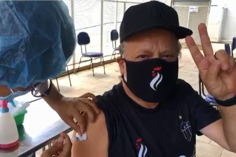 Chico Pinheiro, vacinação