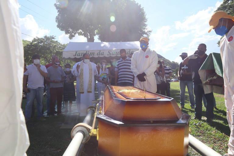 Enterro de Agnaldo Timóteo