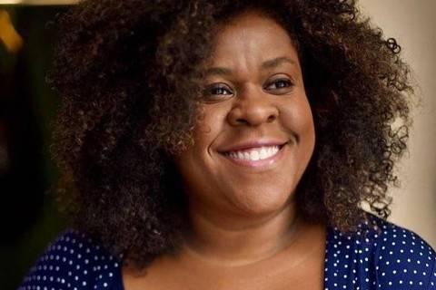 A atriz Cacau Protásio postou retrato feito pelo marido