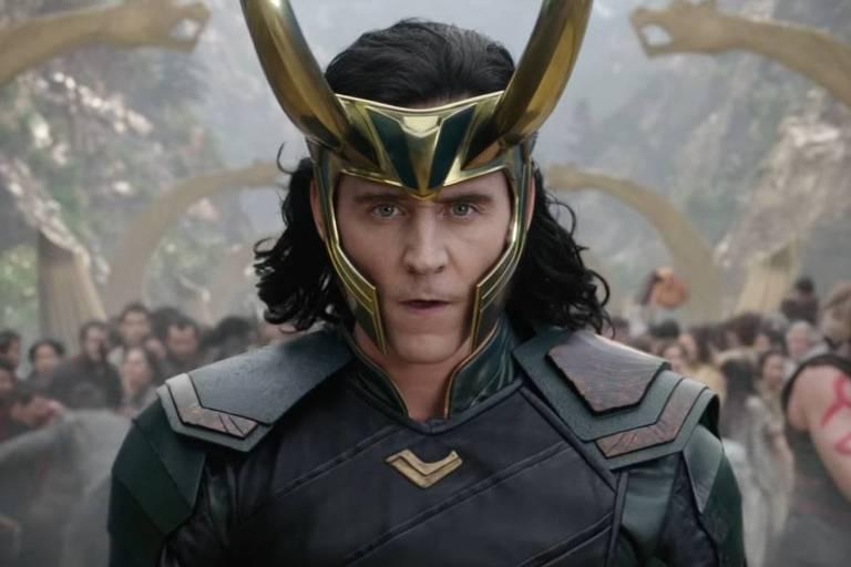 """Tom Hiddleston em cena da série """"Loki"""", do Disney+"""