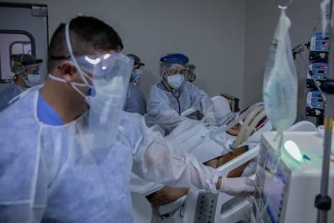 Cai ocupação de UTI em hospitais privados do país, afirma entidade