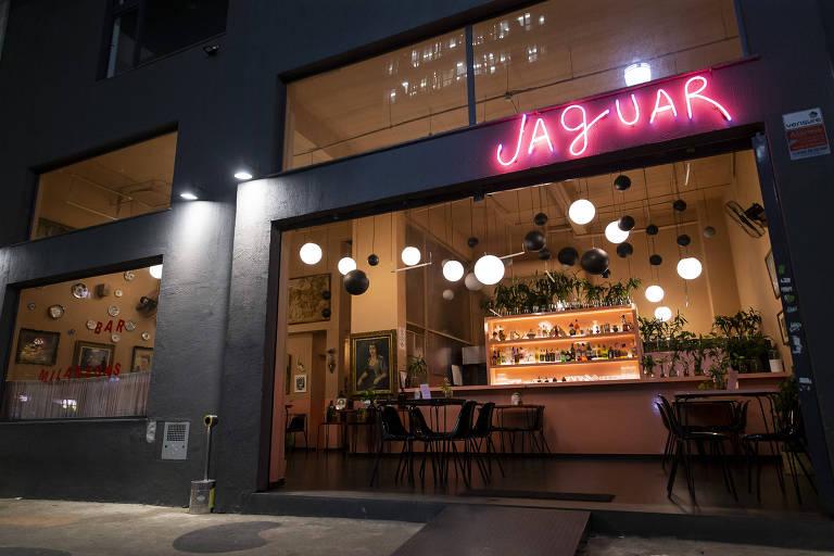 Fachada do bar e restaurante Jaguar, nos Campos Elíseos