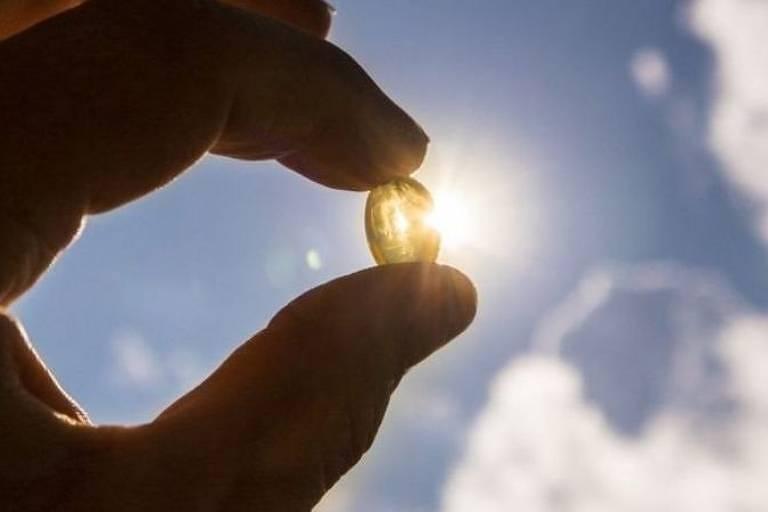 Conclusões de estudos associando vitamina D e coronavírus não são robustas o suficiente, dizem cientistas