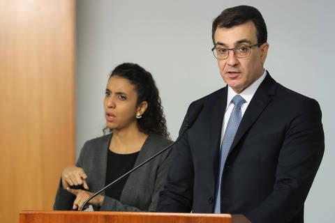 (Brasília - DF, 06/04/2021) Presidente Jair Bolsonaro na Solenidade de Transmissão de Cargo ao Ministro de Estado das Relações Exteriores, Embaixador Carlos França. Foto: Marcos Corrêa/PR