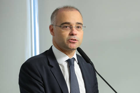 Aras abre apuração contra Mendonça por uso da Lei de Segurança para investigar opositores de Bolsonaro