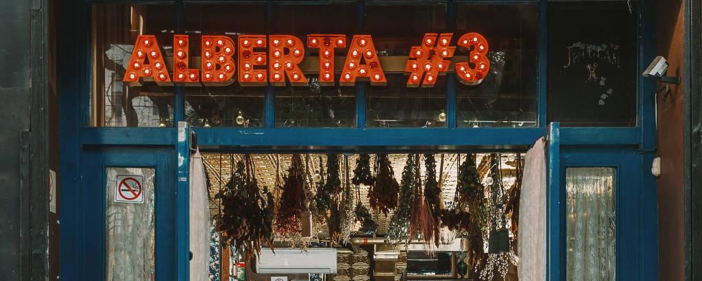A fachada do Alberta #3, que lança vaquinha para se manter em funcionamento durante a pandemia