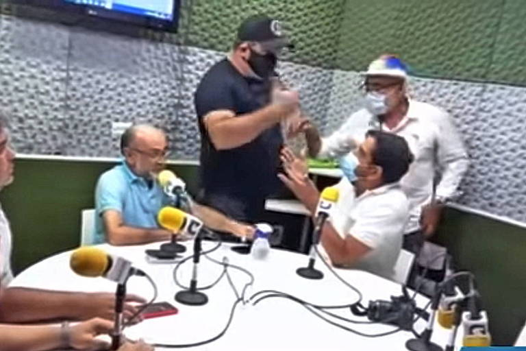 Apoiador de Jair Bolsonaro invade estúdio de rádio no interior de Pernambuco e tenta agredir radialista que criticou presidente
