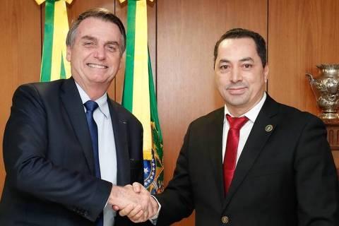 Empresário Uugton Batista da Silva posa com Jair Bolsonaro