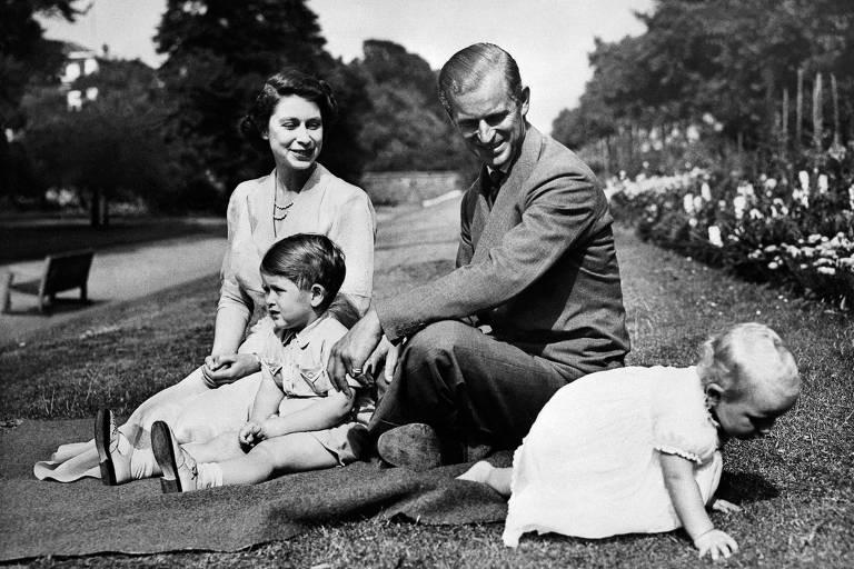 Família do príncipe Philip passou por guerras, fugas, mortes e separações