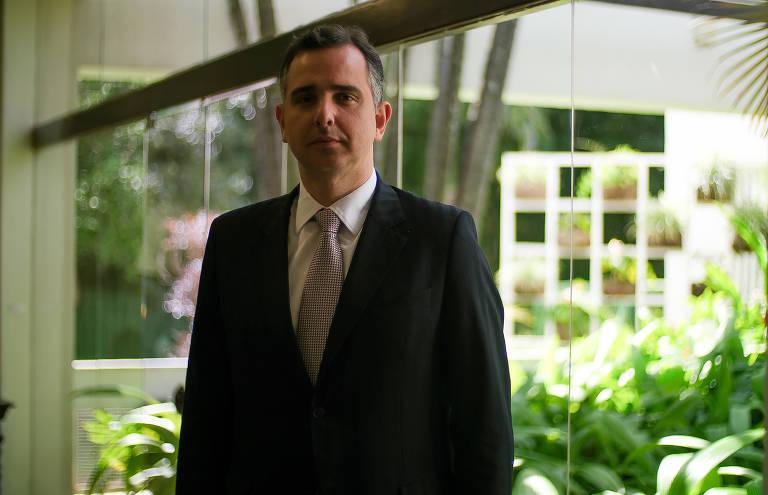 Pacheco diz a advogados que o Brasil terá eleições com voto eletrônico