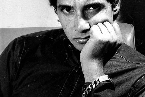 ORG XMIT: 351701_0.tif Música: o cantor Roberto Carlos, em foto que está na biografia