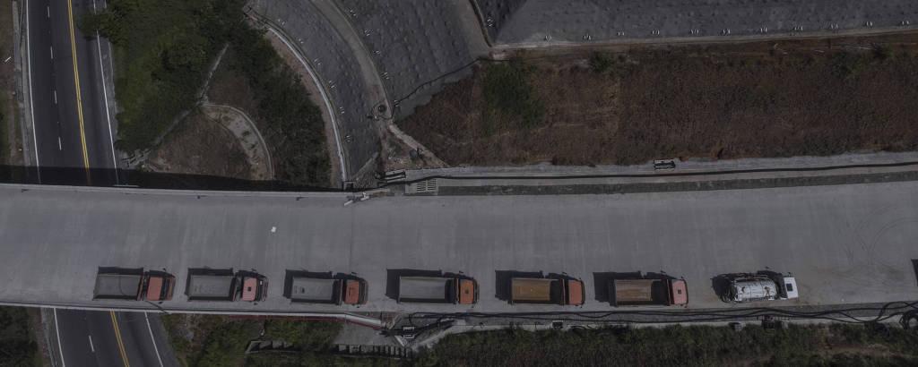 Duplicação da rodovia dos Tamoios, iniciada em 2013, segue com problemas