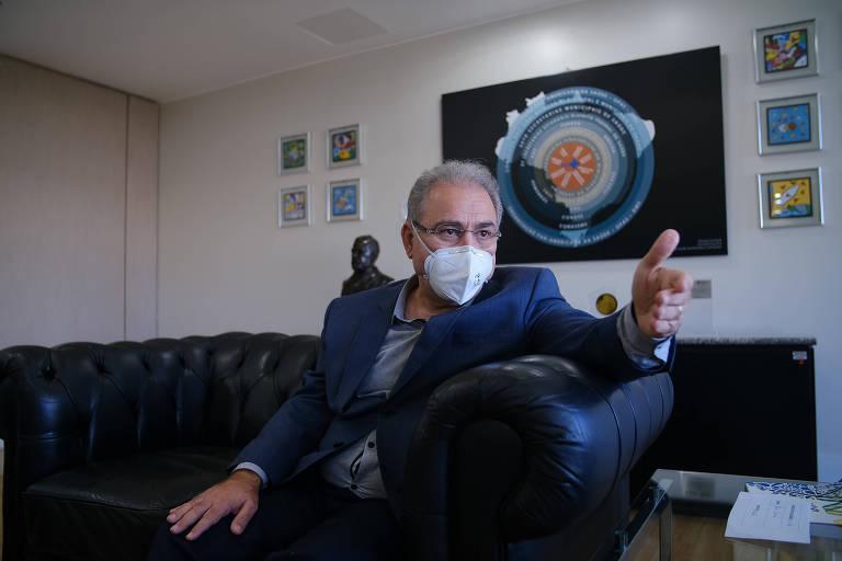 Marcelo Queiroga põe em xeque possibilidade de empresas comprarem doses de vacinas para imunizar funcionários
