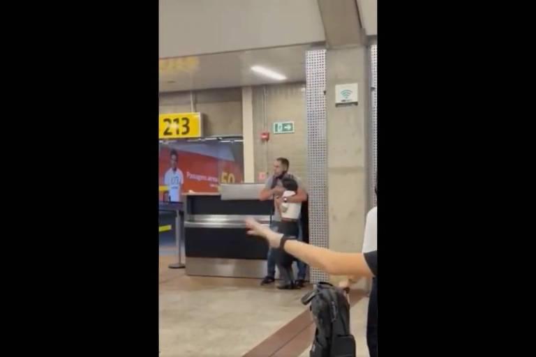 Homem ameaça funcionária de empresa aérea no aeroporto de Guarulhos