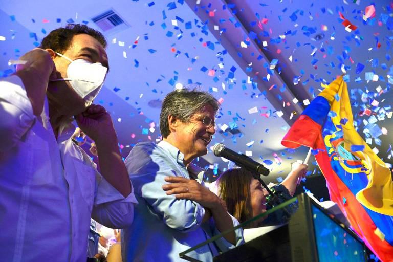 Banqueiro Guillermo Lasso vence aliado de Correa e é eleito no 2º turno no Equador