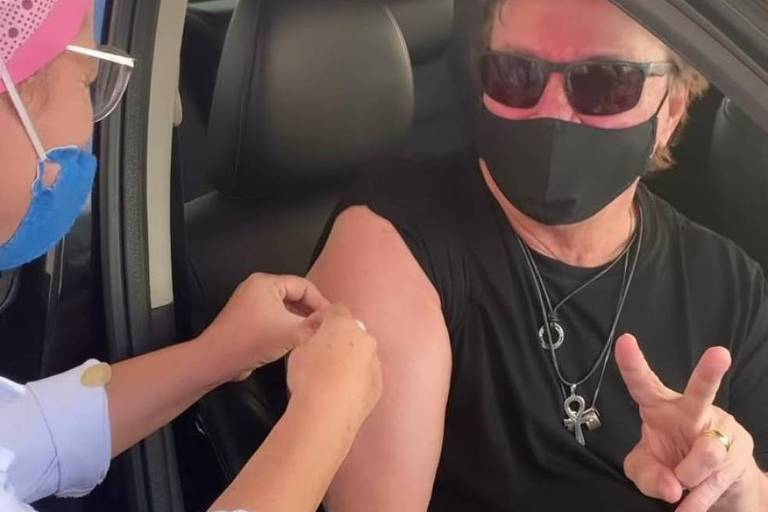 Fábio Jr. é vacinado contra a Covid