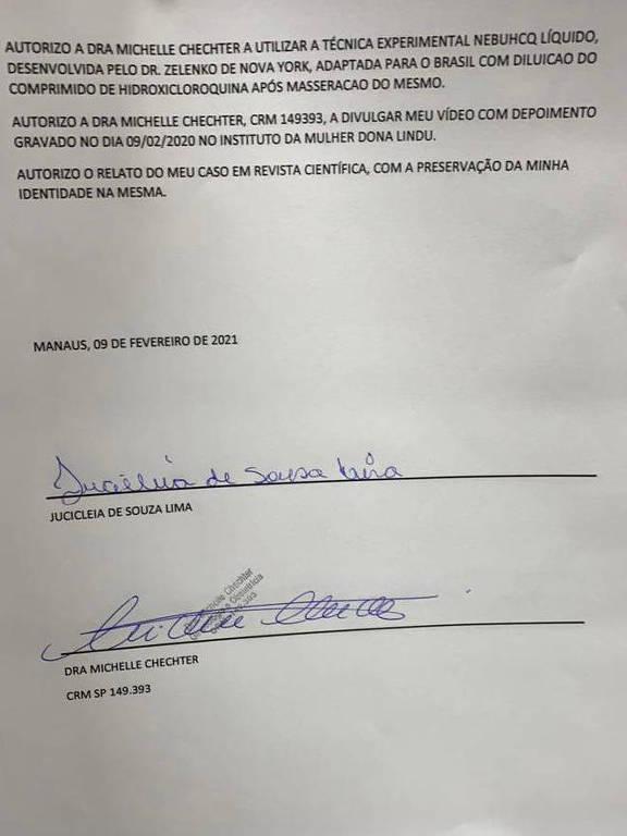 Papel sulfite com o termo de autorização; na parte inferior estão a assinatura de Jucicleia e da médica