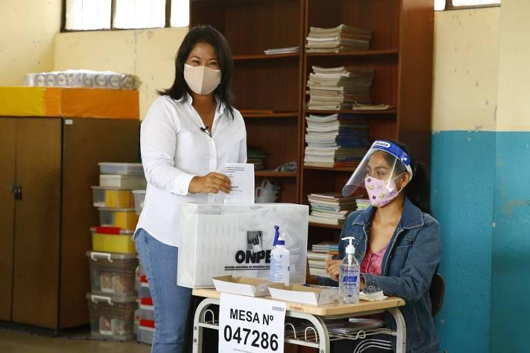 Keiko Fujimori garante lugar no 2º turno no Peru em disputa apertada