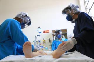 UTI no Complexo Hospitalar do Trabalhador, em Curitiba (PR)