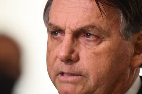 Bolsonaro insiste em defesa de cloroquina e chama CPI da Covid de 'xaropada'