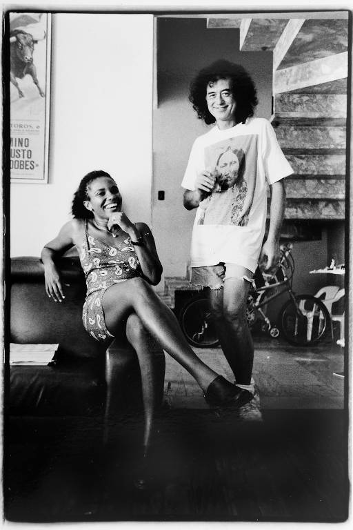 O guitarrista do Led Zeppelin, Jimmy Page, em passagem pelo no Brasil