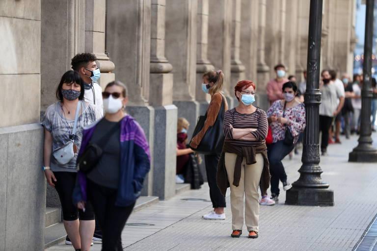 Governo de Buenos Aires irá à Justiça para manter aulas presenciais
