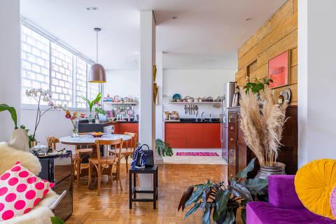 Apartamento que aparece nos vídeos do canal Histórias da Casa no YouTube
