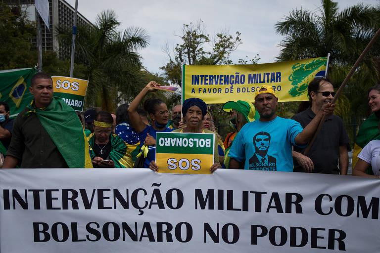 Datafolha: Metade dos brasileiros diz acreditar que Bolsonaro pode dar golpe