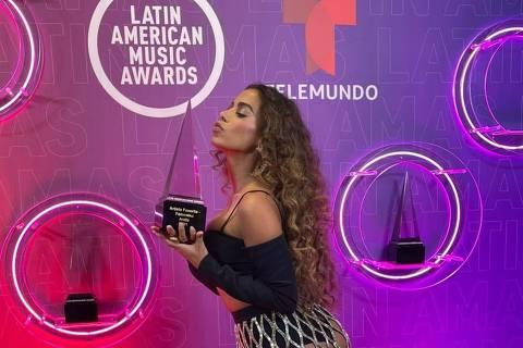 Anitta vence como 'Melhor Artista Feminina' do Latin America Music Awards