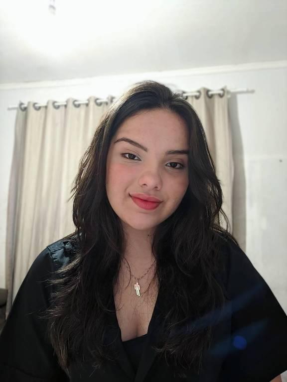 Beatriz Pereira Rodrigues, 15, vencedora da edição de 2019 da Olimpíada de Língua Portuguesa