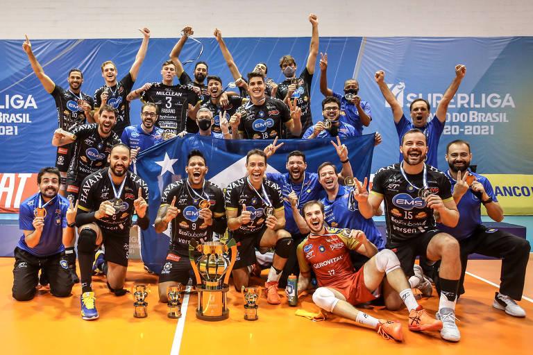 Taubaté bate Minas e conquista o bi na Superliga masculina de vôlei